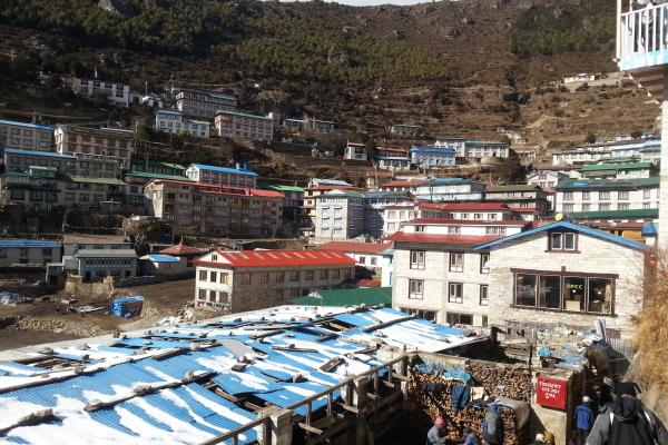 Es liegt auf 3440m und ist der Ausgangsort vieler Trekking Touren