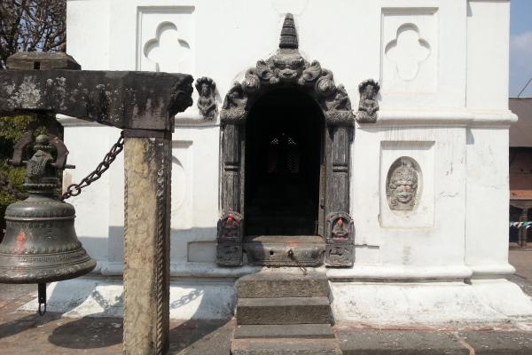Blick in einen der fünf Tempel
