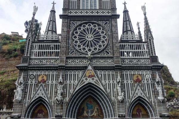 El Santuario de la Virgen del Rosario de Las Lajas en Ipiales