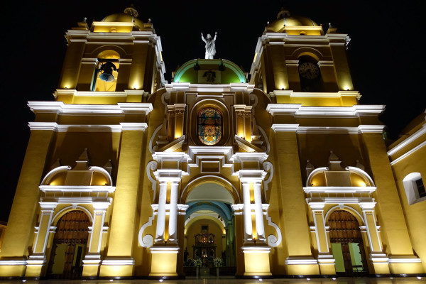 Iglesia Santo Domingo Trujillo