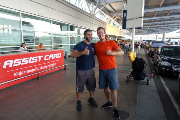 Roman hat mich noch zum Flughafen gefahren.
